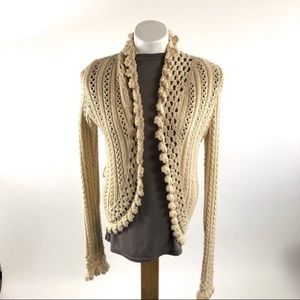 Abercrombie and Fitch knit sweater cream cardigan